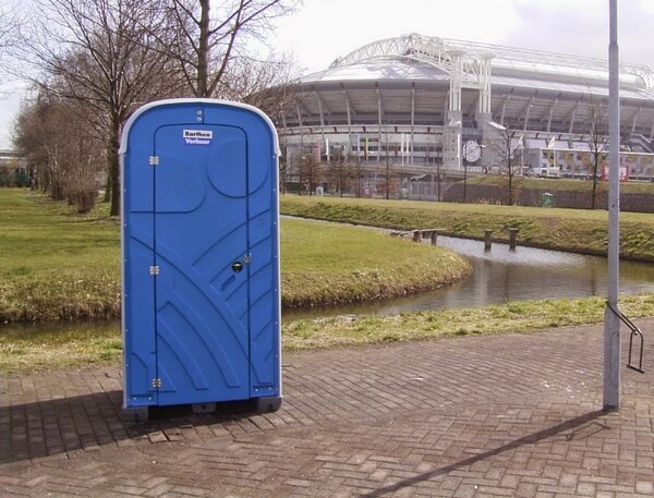 overheid luxe toiletcabine stadion